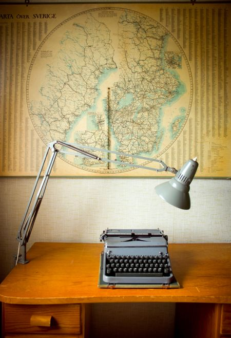 Desk-Map-Lamp