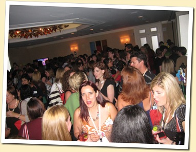 Peoples Party BlogHer 08 Crowd