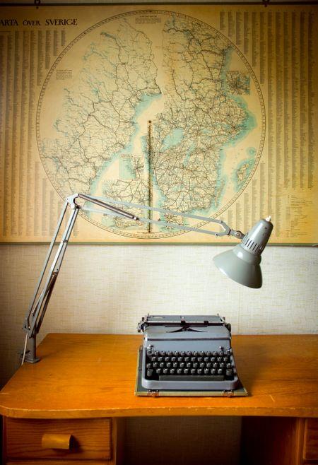Desk-Map-Lamp